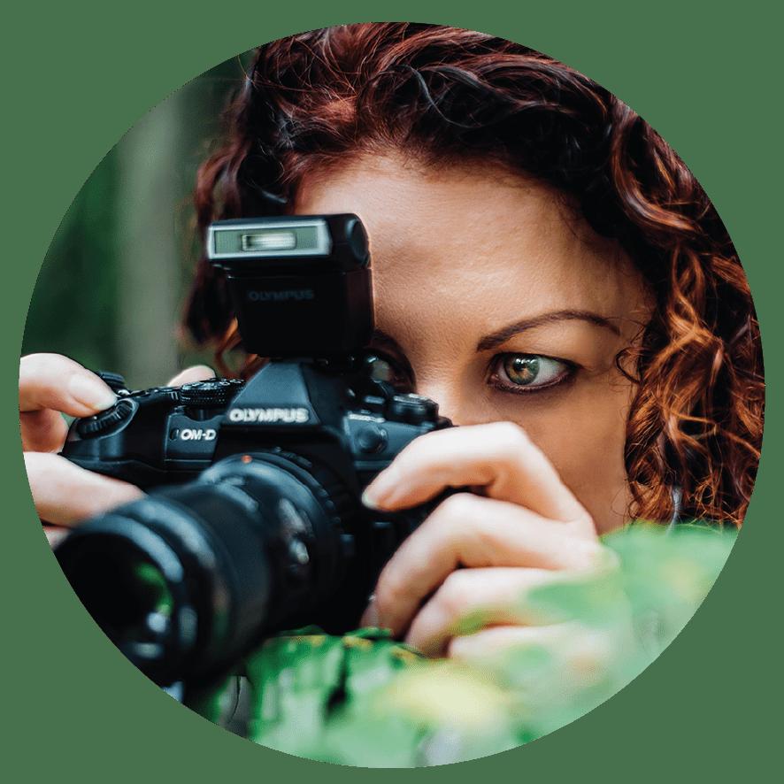 Bridgette Gower with camera Aussie Macro Photos